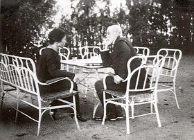 Власта Калалова с президентом Масариком, Фото: Архив Илоны Борской, Public Domain