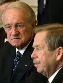 Czech President Vaclav Havel and his German counterpart Johannes Rau, photo: CTK