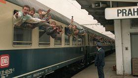 Botschaftsflüchtlinge am Bahnhof Prag-Libeň (Foto: Tschechisches Fernsehen)