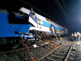 Столкновение поездов вблизи Чешского Брода, фото: Архив Пожарной службы Центрально-Чешского края
