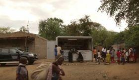 Solar-Kiosk (Foto: YouTube Kanal von SK Online)