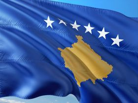 Kosovo flag, photo: 1966666, Pixabay / CC0