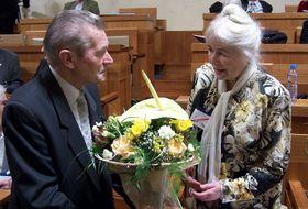 František Šedivý y Naděžda Kavalírová (en el senado), foto: Nadkachna, CC BY-SA 3.0