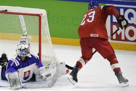 Dmitrij Jaškin made it 3:2 to the Czech Republic, photo: ČTK
