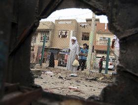 Ulice Bagdádu po jednom zposledních bombových útoků, foto: ČTK