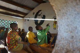'L'école en jouant', photo: SIRIRI