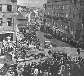 Plzeň, 1945, photo: L'Ambassade des Etats-Unis