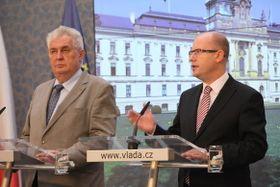 Miloš Zeman y Bohuslav Sobotka, foto: archivo del Gobierno Checo