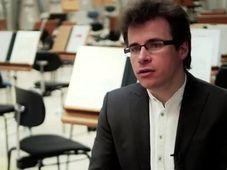 Дирижер Якуб Груша (Фото: YouTube)