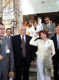 Václav Klaus con su esposa Livia en Toledo, foto: CTK