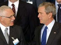 President Vaclav Klaus with the president of the United States George Bush, photo: CTK
