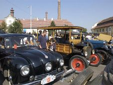 Zbraslav-Jiloviste motor car race, photo: CTK