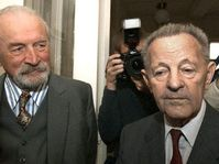 Milous Jakes (rechts) und Jozef Lenart (Foto: CTK)