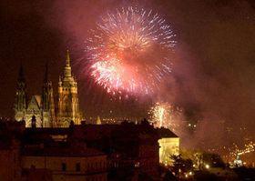 Новогодний фейерверк в Праге (Фото: ЧТК)