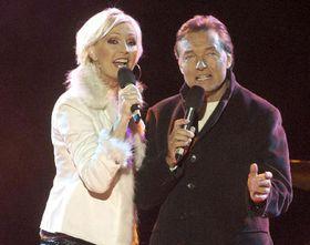 Helena Vondrackova y Karel Gott, Foto: CTK
