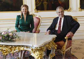 Zuzana Čaputová y Miloš Zeman, foto: ČTK/Krumphanzl Michal