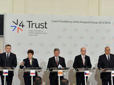 Robert Fico, Beata Szydlo, Gjorge Ivanov, Bohuslav Sobotka, Bojko Borisov, Viktor Orbán, photo: ČTK