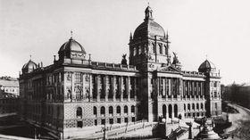 Nationalmuseum kurz nach der Eröffnung (Foto: Archiv des Nationalmuseums in Prag)