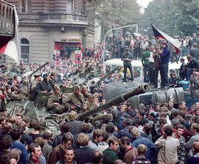 Před pětatřiceti lety ukončil vpád vojsk Varšavské smlouvy tzv. Pražské jaro