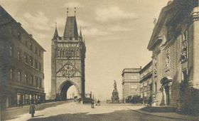 Old Town tower and the square of the Knights of the Cross in 1914