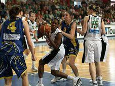 USK Prague - Brno, photo: www.uskbasket.cz