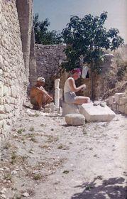 Jan et Jiřina Křížek à Gordes, 1955, photo: 'Jan Křížek - Mě z toho nesmí zmizet člověk'