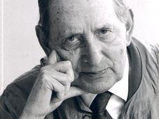 Miguel Delibes, foto: Fundación Miguel Delibes, CC BY-SA 3.0