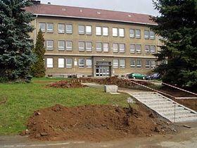 Základní škola vDýšině, foto: Autor