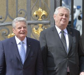 Joachim Gauck und Miloš Zeman (Foto: ČTK)