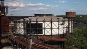 The Gong - former gas-holder, photo: Honza Chodec, CC BY-SA 3.0