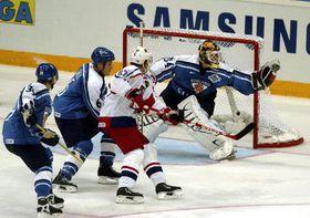 Чешские хоккеисты проиграли финнам (Фото: ЧТК)