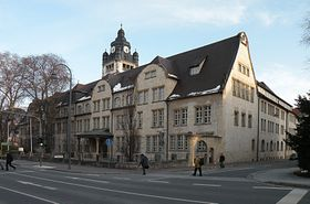 Universitätshauptgebäude in Jena (Foto: Witold Muratow, Wikimedia Commons, CC BY-SA 3.0)