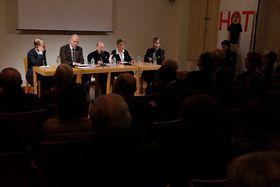 Le débat au Centre tchèque - Roger Errera, passeur entre la France et l'Europe centrale, photo: Centre tchèque de Paris