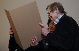Charlotta Kotíková et Václav Havel, photo: CTK