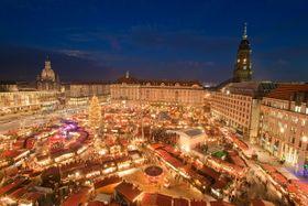 Der Dresdner Striezelmarkt auf dem Altmarkt (Foto: LH DD/Dittrich, CC BY-SA 3.0)