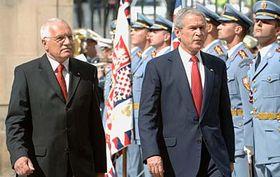 George W.Bush y Václav Klaus (Foto: CTK)