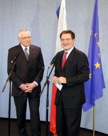 Presidente checo, Václav Klaus con el presidente de la Comisión Europea, Romano Prodi
