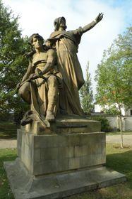 Escultura de Přemysl Oráč y la princesa Libuše, foto: autor