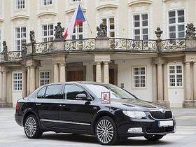 На Супербе ездит и президент ЧР Милош Земан, Фото: Škoda Auto