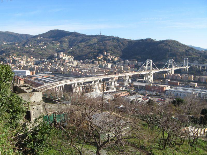Puente Morandi en Génova, foto: Paolo Bubici, Wikimedia Commons, CC BY-SA 4.0