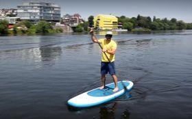 Jízda na paddleboardu, foto: Ondřej Tomšů