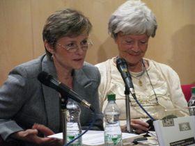 Anna Tkáčová (a la izquierda) y Zdenka Procházková (Foto: autor)