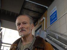 Милан Шустр живет на улице уже 10 лет, в свое время работал палеонтологом, Фото: Архив Эвы Туречковой