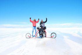 Marek y Michal en el Salar de Uyuni (Bolivia), foto: Archivo personal de Marek Jelínek
