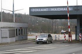 Grenzübergang Waidhaus / Rozvadov (Foto: www.pavelpoc.cz)