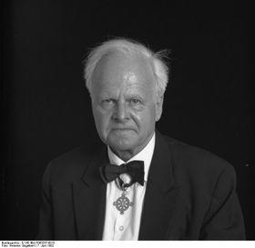 Carl Friedrich von Weizsäcker (Foto: Bundesarchiv, B 145 Bild-F063257-0015 / Engelbert Reineke / CC-BY-SA 3.0)
