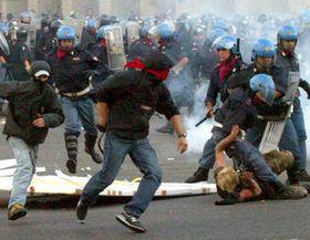 Manifestaciones contra la globalización, Roma,  foto: CTK