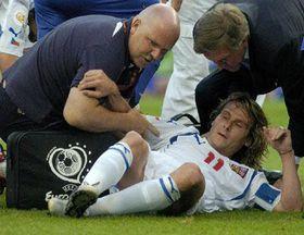 Недвед в полуфинале европейского первенства получил травму колена (Фото: ЧТК)