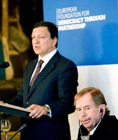 José Manuel Barroso con Václav Havel (Foto: CTK)