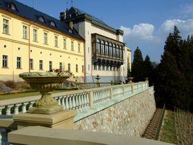 El Palacio de Zbiroh, foto: Kkatryna, Wikimedia Commons, CC BY-SA 3.0